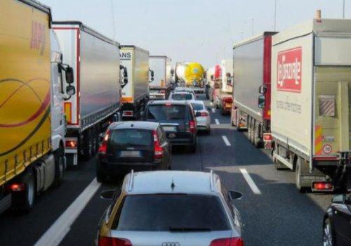 Autotrasporto, divieti di traffico del calendario nella prima metà del 2020 in Tirolo