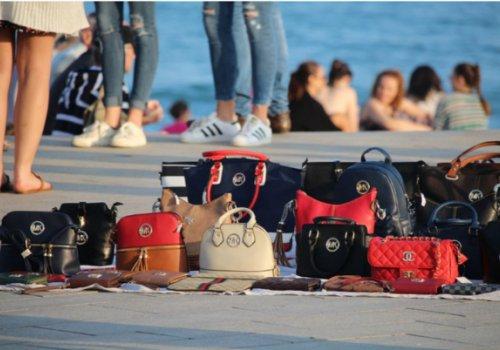 """CNA Trentino Alto Adige: """"Cultura e legalità per fermare i prodotti contraffatti. Giro di vite contro gli ambulanti. Campagne di informazione per i consumatori"""""""