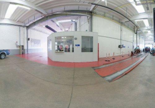 Centro Revisioni Bolzano, la sfida dei veicoli green tra tecnologia e formazione. La struttura festeggia 20 anni di attività sabato prossimo proponendo una Oktoberfest