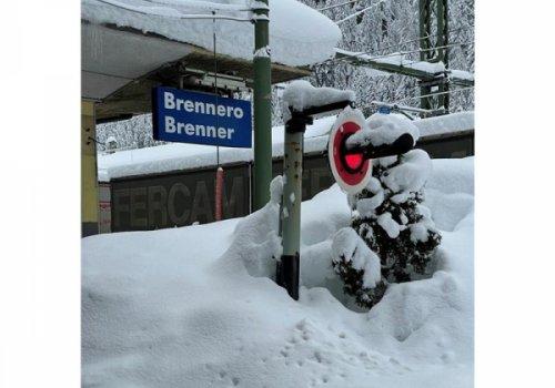"""CNA-Fita: """"Autotrasporto, il blocco austriaco al Brennero è contro le regole Ue sulle Green Lanes per flussi regolari. Intervenga il Ministero dei trasporti"""""""