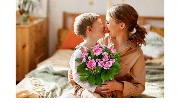 Regala un fiore per la festa della Mamma. Grazie a CNA il 10% di sconto con Interflora