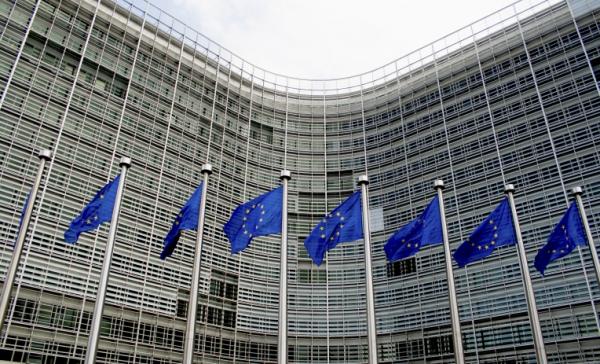Fatturazione elettronica. Arriva l'ok dell'unione europea all'introduzione dell'obbligo, ma fino al 2021
