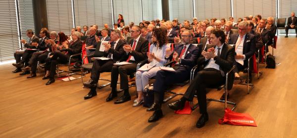 Convegno alla Camera di commercio: strategie di crescita per imprese in un'epoca di grande incertezza